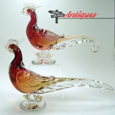 Hand-blown pair of Alfredo Barbini Murano art glass bird sculptures