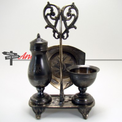 Victorian Pairpoint silver plated four piece condiment set with engraved dragonfly, salt, pepper and try
