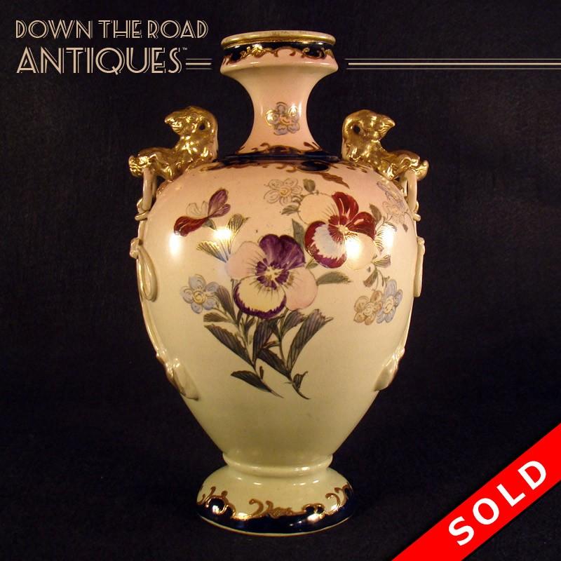Satsuma Porcelain Foo Dog Vase With Handles Dtr Antiques