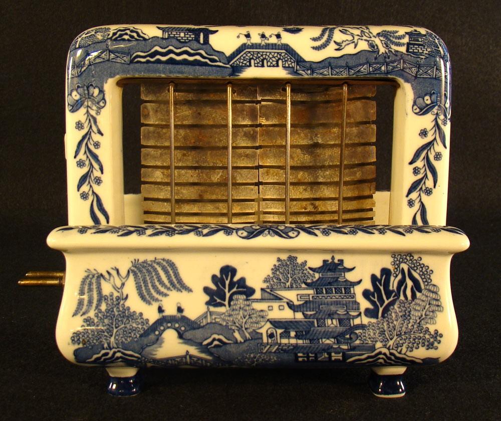 Porcelain Toastrite Toaster | DTR Antiques