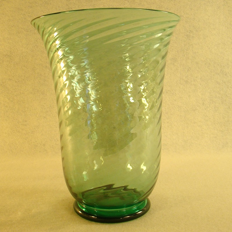 Large Green Steuben Optic Swirl Glass Vase Dtr Antiques