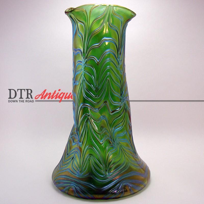 Loetz Creta Formosa Iridescent Green Glass Vase Dtr Antiques