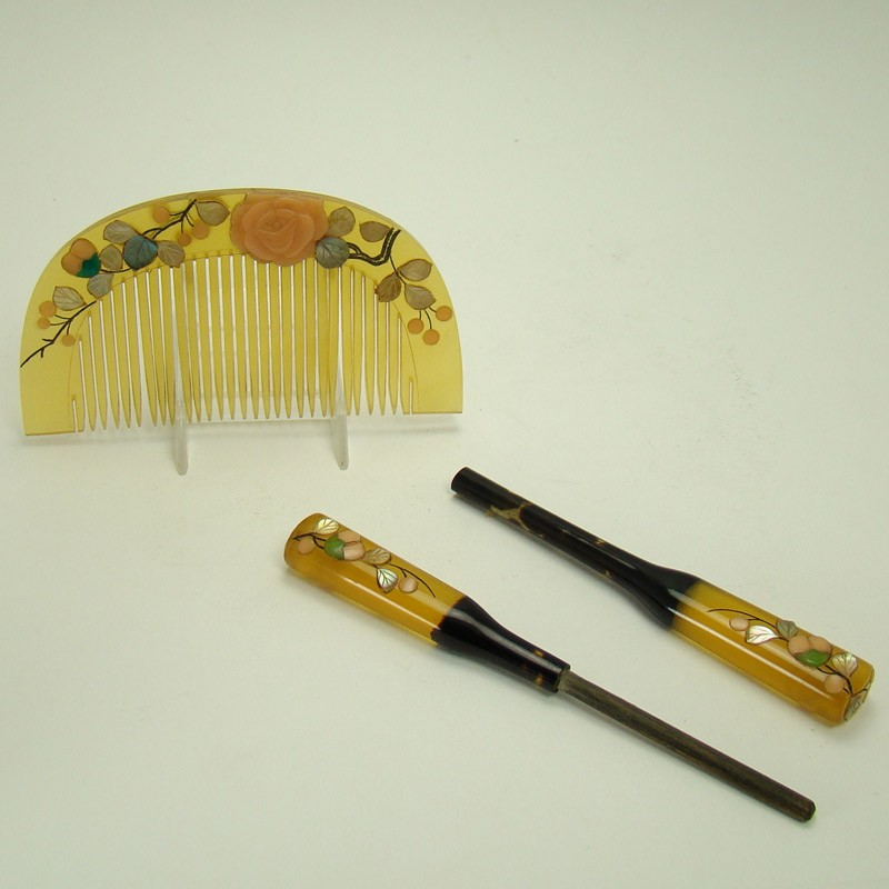Japanese Bakelite Apple Juice Hair Stick And Comb Dtr