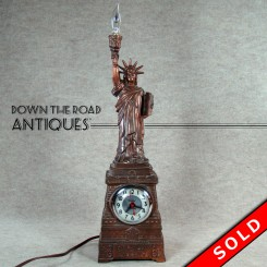 Statue of Liberty Souvenir Lamp and Clock