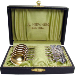 Set of six 813 silver demitasse spoons with gold vermeil in original box