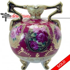 Nippon porcelain vase with hand-painted rose pattern and two handles, 1920's