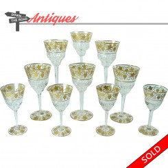 Set of ten Val St Lambert stemware glasses with grape and vine pattern and gold inlay
